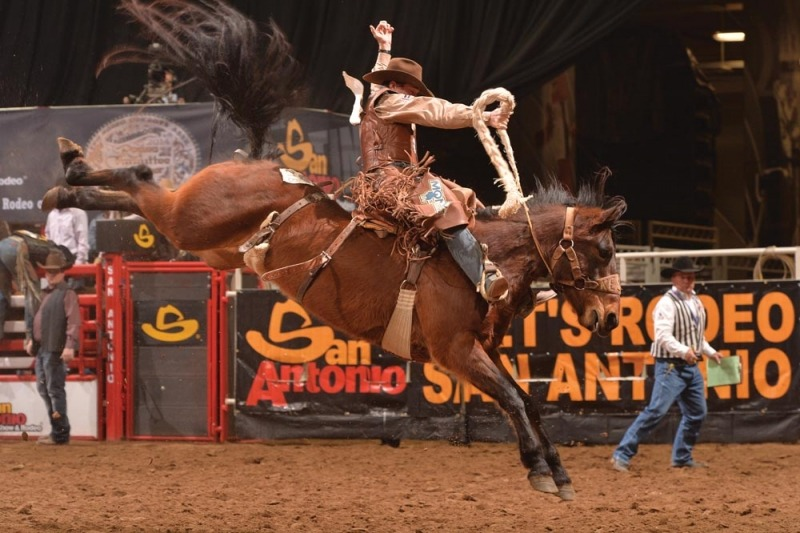 13 Fun Things To Do On Friday Night Texas Trail Roundup